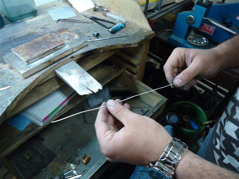 como se hace un colgante de plata por mi taringa